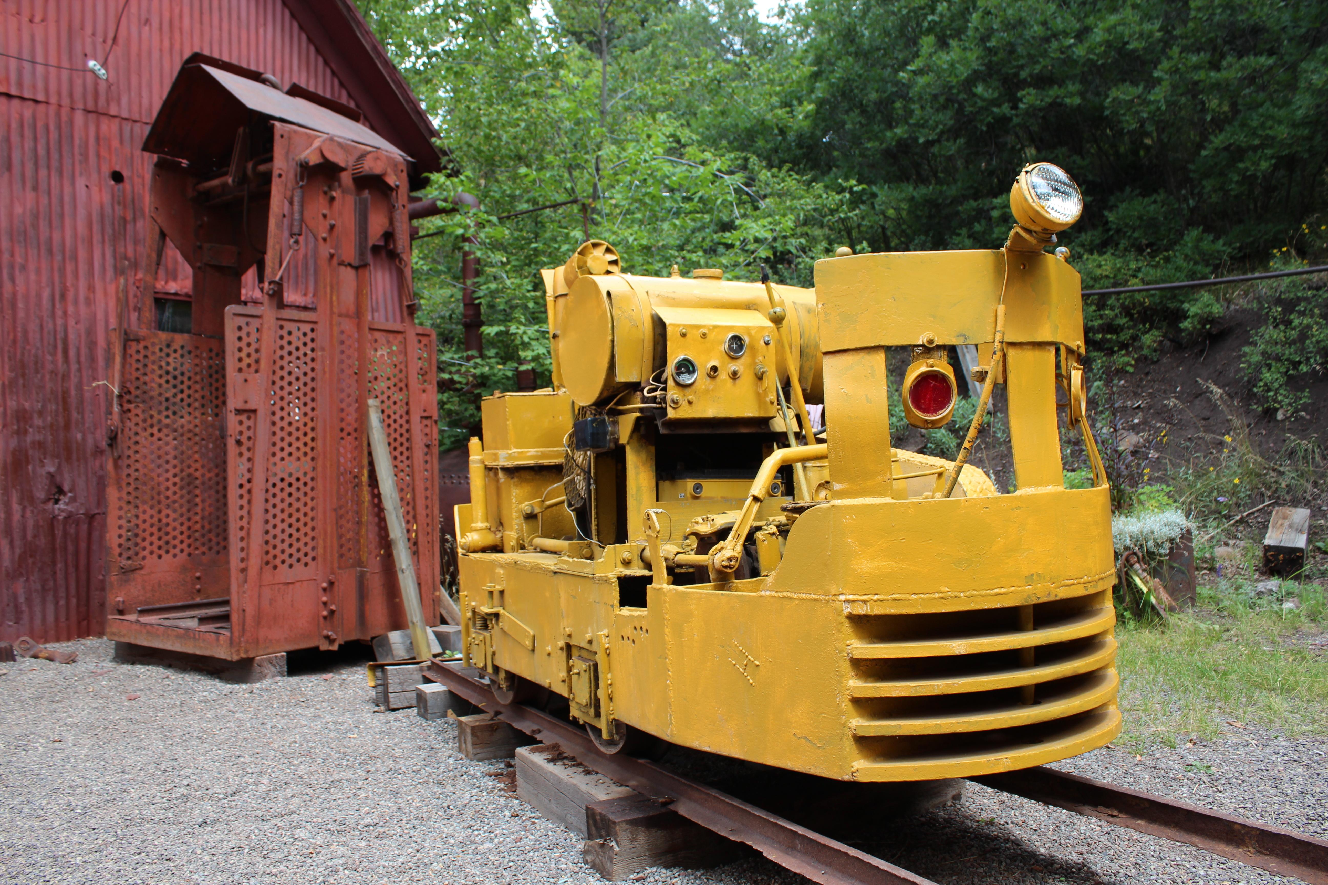 Diesel Tram